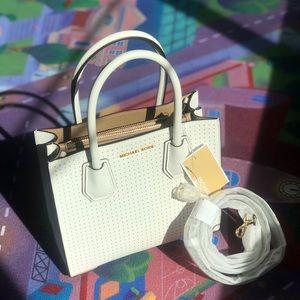 Mercer Medium Pebbled Leather Crossbody Bag